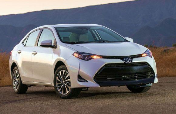 В ноябре рынок новых авто немного просел