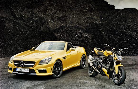 Mercedes-Benz SLK 55 AMG, выполненный в стилистике Ducati