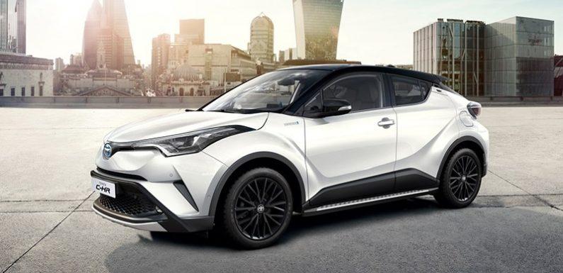 Toyota привезла в Россию очень маленький кроссовер