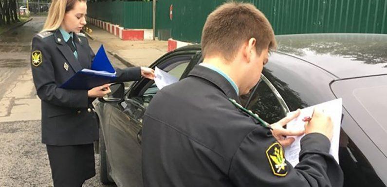 Должникам запретят сдавать на водительские права