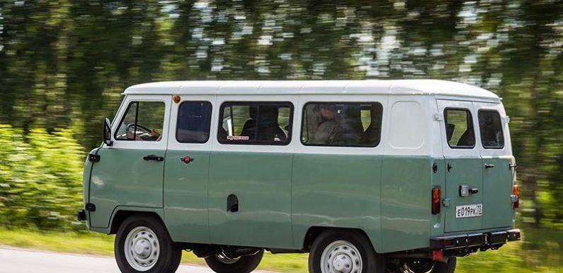УАЗ представил юбилейную «буханку»