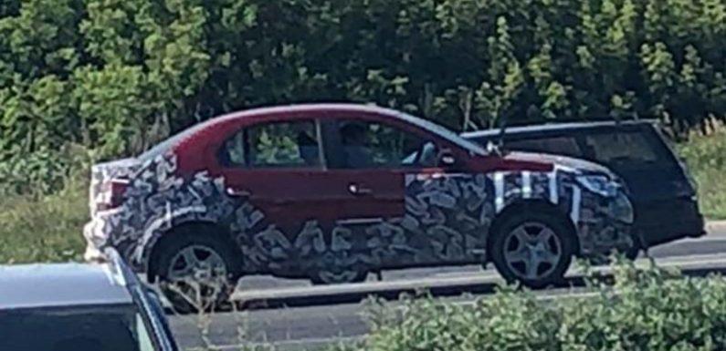 Renault начал тесты кросс-версии Logan