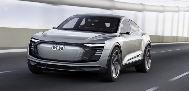 Audi рассказала об электрическом кроссовере e-tron