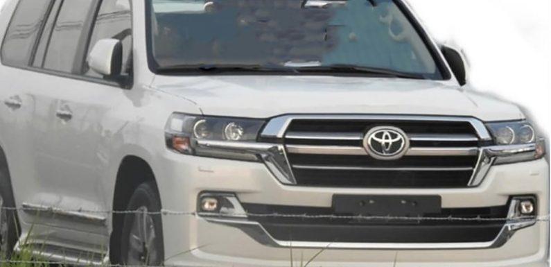 Рассекречен обновленный Toyota Land Cruiser 200