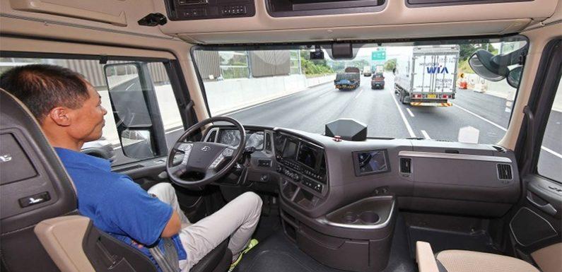 Представлен беспилотный грузовик Hyundai Xcient