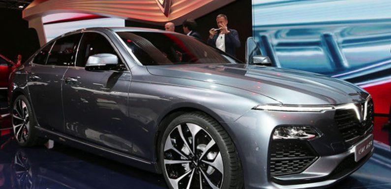 Вьетнамский автопром впервые представил в Париже две новые машины