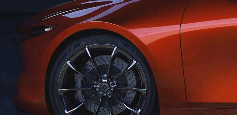 Новую Mazda 3 покажут в ноябре