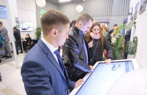 Fresh Auto открывает первый в России интерактивный автосалон